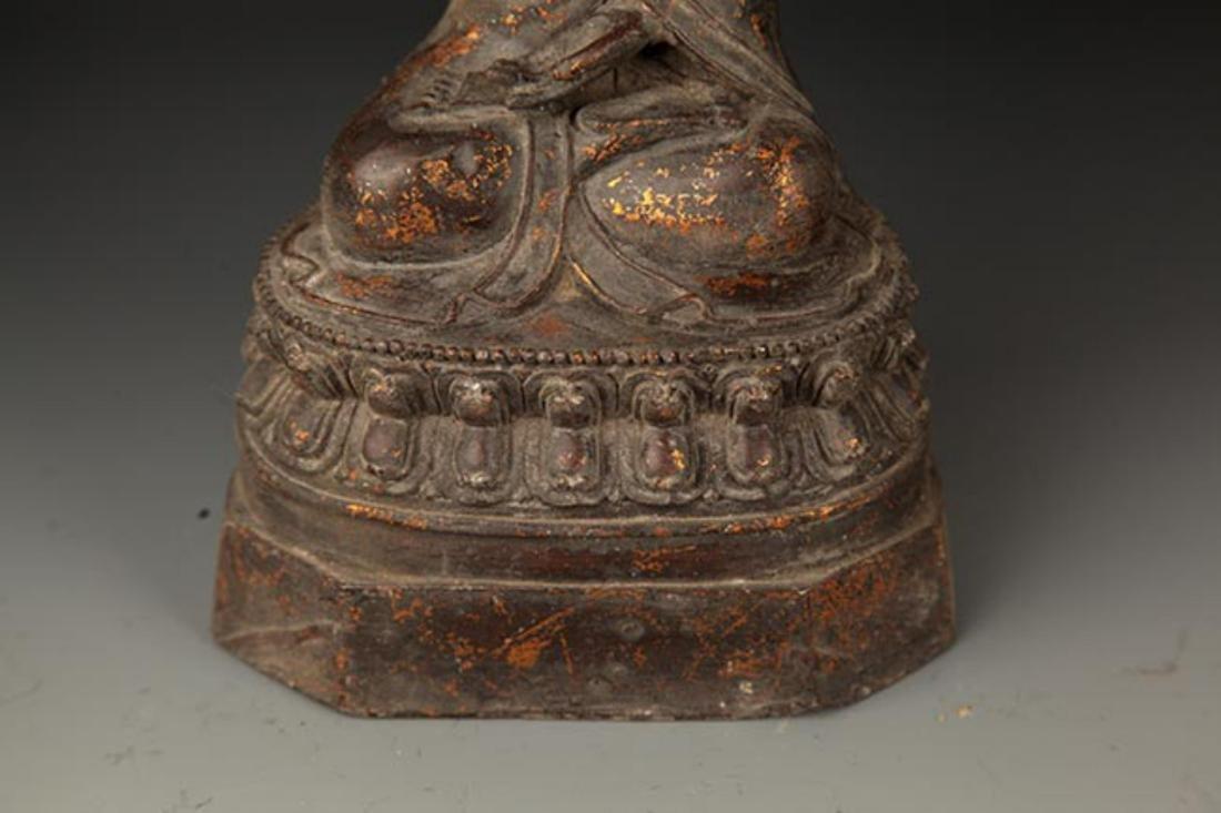 A FINE CAST IRON FIGURE OF TATHAGATA BUDDHA - 4