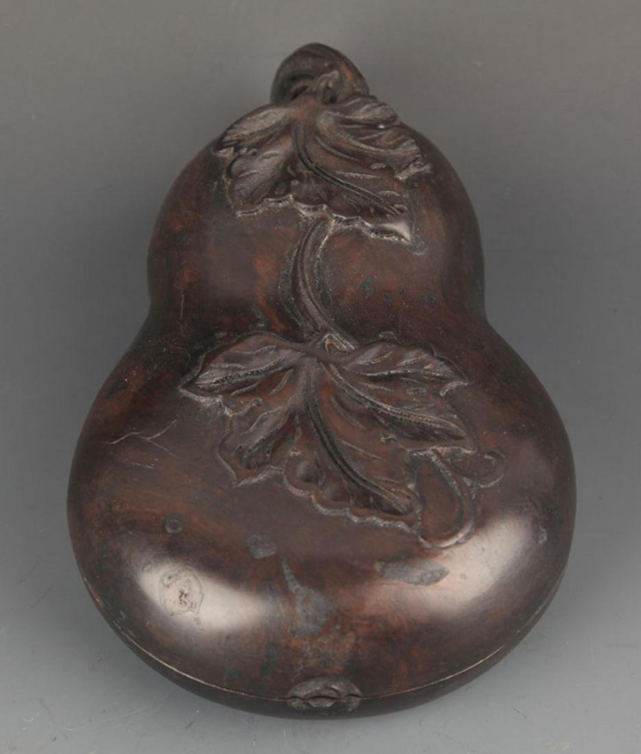 A REDWOOD CUCURBIT SHAPE INK STONE WITH BOX - 2