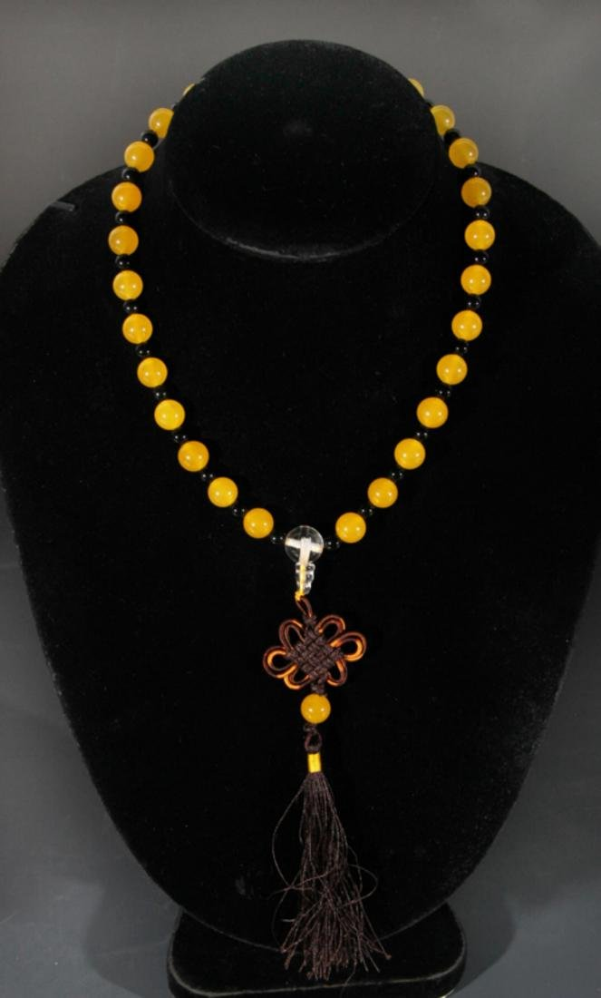 GROUP OF TWO TIAN ZHU AND CRYSTAL NECKLACE - 2