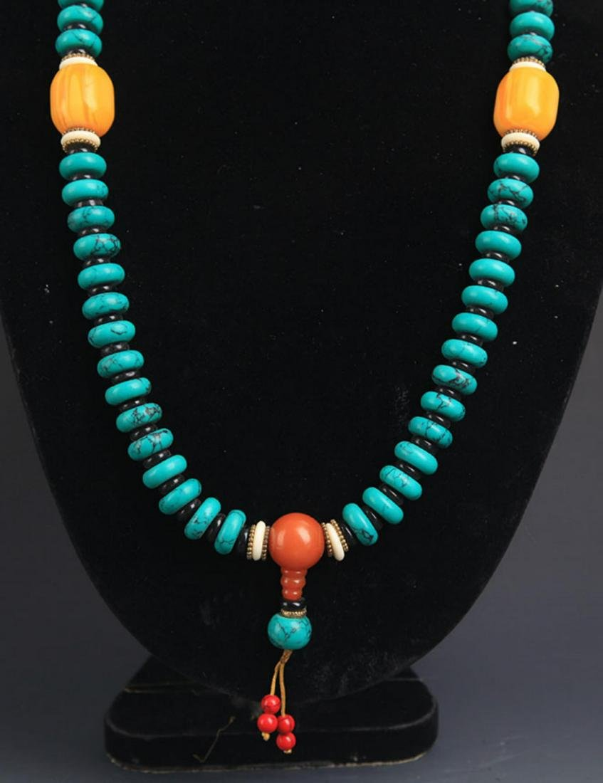 A TURQUOISE WITH BEESWAX NECKLACE - 3