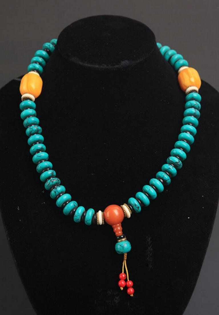 A TURQUOISE WITH BEESWAX NECKLACE - 4