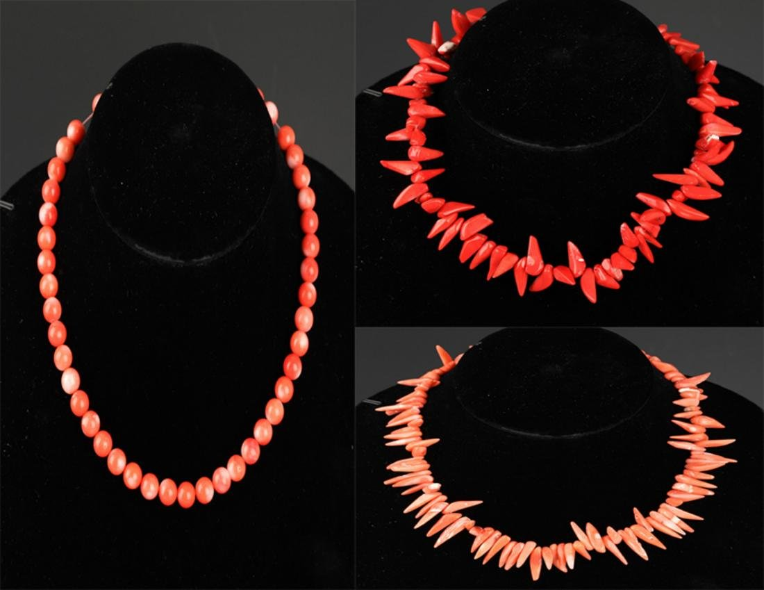 GROUP OF TREE CORAL NECKLACE