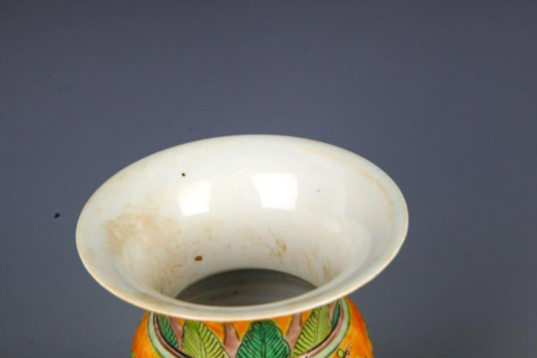 A YELLOW GROUND SAN CAI COLOR SPITTOON - 2