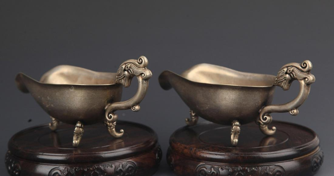 PAIR OF DRAGON HANDLE CUP