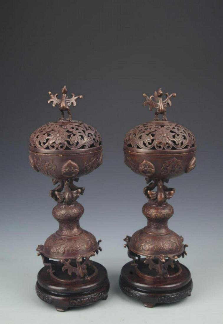 PAIR OF CHICKEN TOP BRONZE AROMATHERAPY