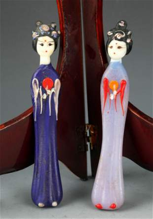 GROUP OF TWO FINE GLASS HUMAN FIGURE