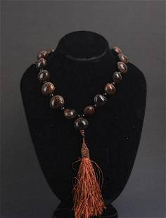FINE TREE SEED NECKLACE