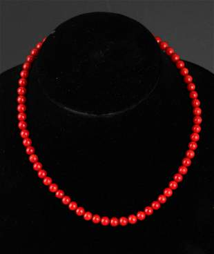 A FINE RED CORAL NECKLACE