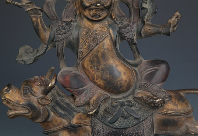 A DETAIL AND FINELY CARVED BRONZE TIBETAN BUDDHA - 3