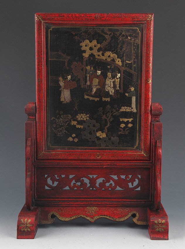 A RED COLOR PAINTED CHINESE LACQUER TABLE PLAQUE