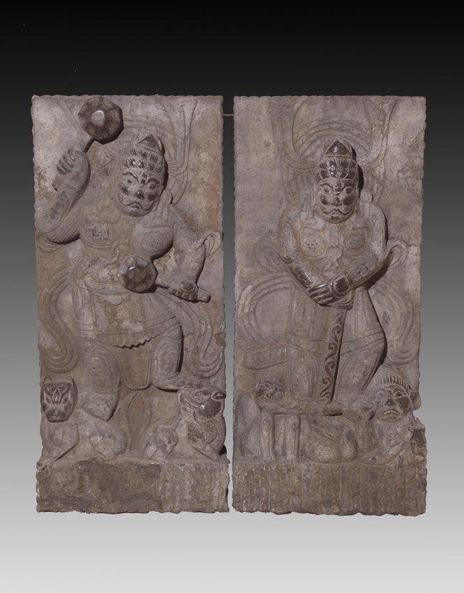 A PAIR OF RARE AND FINELY CARVED BUDDHA