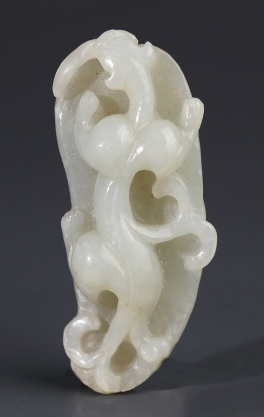 A FINELY DRAGON CARVING HETIAN PALE CELADON JADE