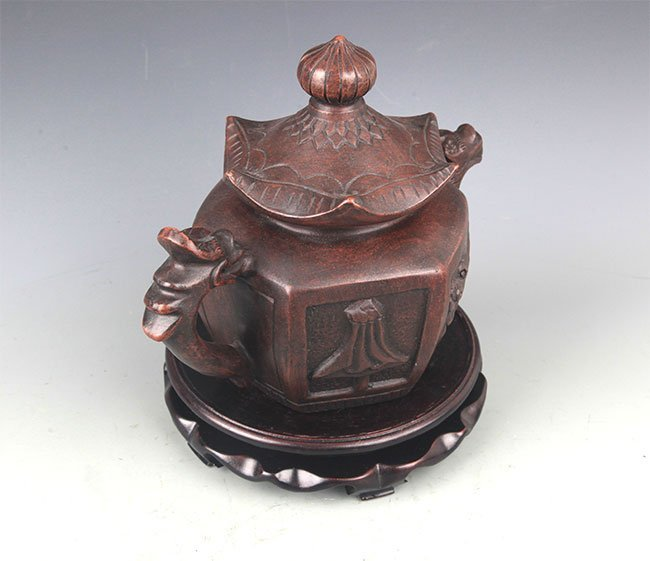 A FINE HOUSE SHAPED YI XING ZISHA TEAPOT - 7