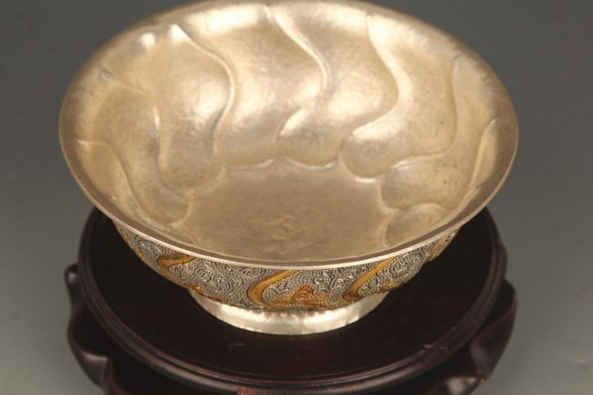 A FINELY CARVED SILVER PLATED BRONZE BOWL - 2
