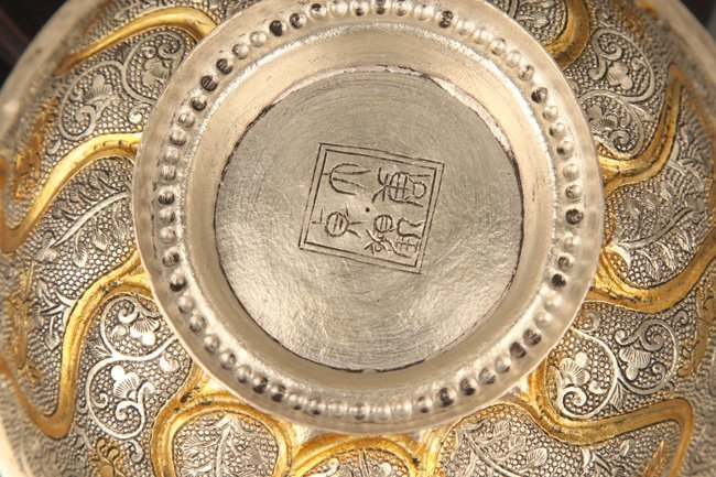 A FINELY CARVED SILVER PLATED BRONZE BOWL - 5