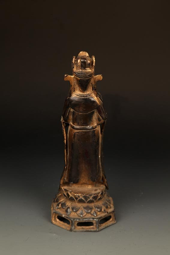 A FINELY CARVED BRONZE MANJUSRI BUDDHA FIGURE - 6