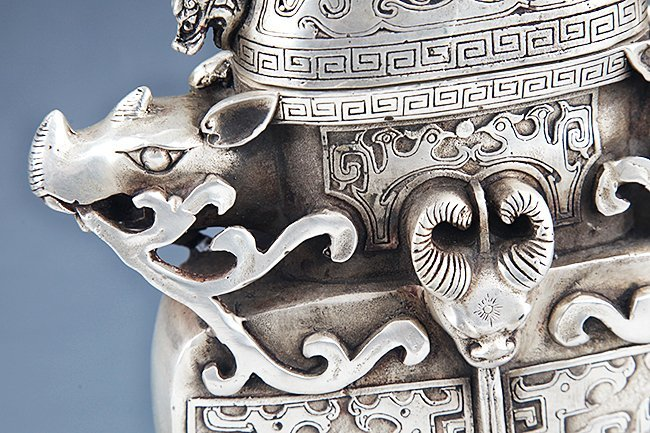 VERY DETAILED CARVING BRONZE WATER POT - 3