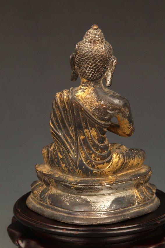 A GILT BRONZE BUDDHA - 5