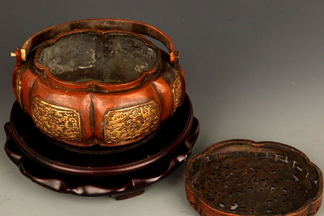 A FINELY CARVED BRONZE ROUND AROMATHERAPY - 5