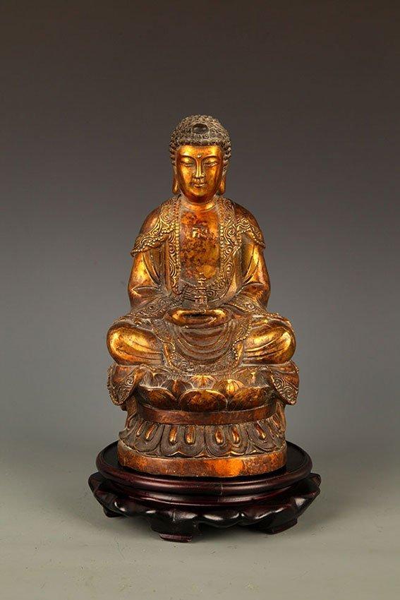 A FINELY CARVED TATHAGATA BUDDHA FIGURE