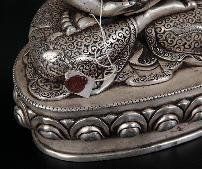LARGE BRONZE TIBETAN BUDDHA - 8