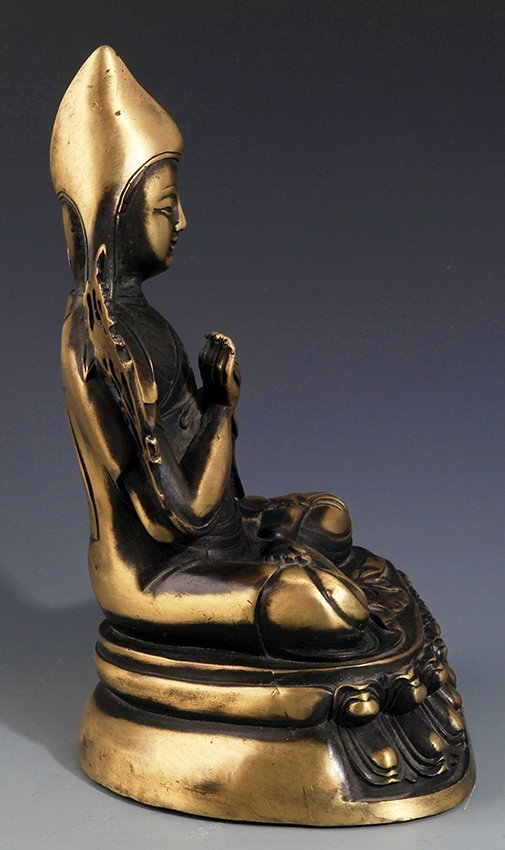 A FINELY CARVED BRONZE BUDDHA FIGURE - 5