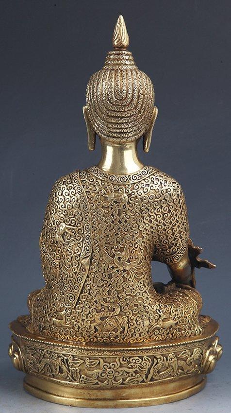 A VERY DETAILED CARVED GILT BRONZE BHAISAJYAGURU BUDDHA - 5