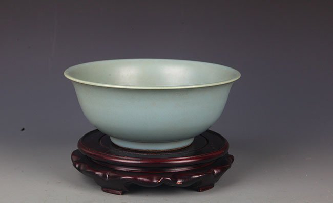"A LIGHT BLUE COLOR ""RU YAO"" PORCELAIN BOWL"
