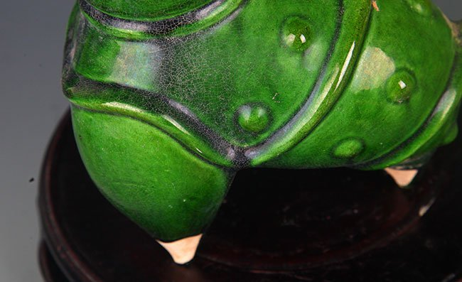 A GREEN COLOR GLAZED PORCELAIN WATER JAR - 5
