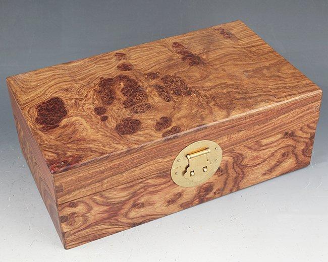 A FINE HUA LI MU JEWELRY BOX - 4