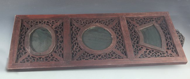 PAIR OF SPINACH JADE AND REDWOOD WINDOW PLAQUE - 4