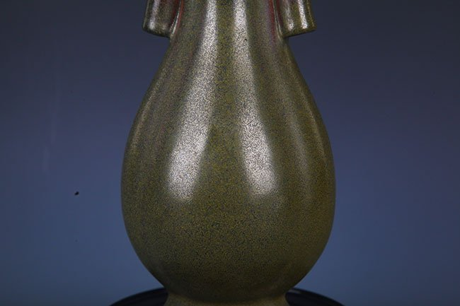 A TEA COLOR GLAZED PORCELAIN JAR - 3