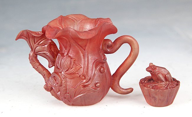 A FINELY CARVED SMALL CRYSTAL TEAPOT - 3