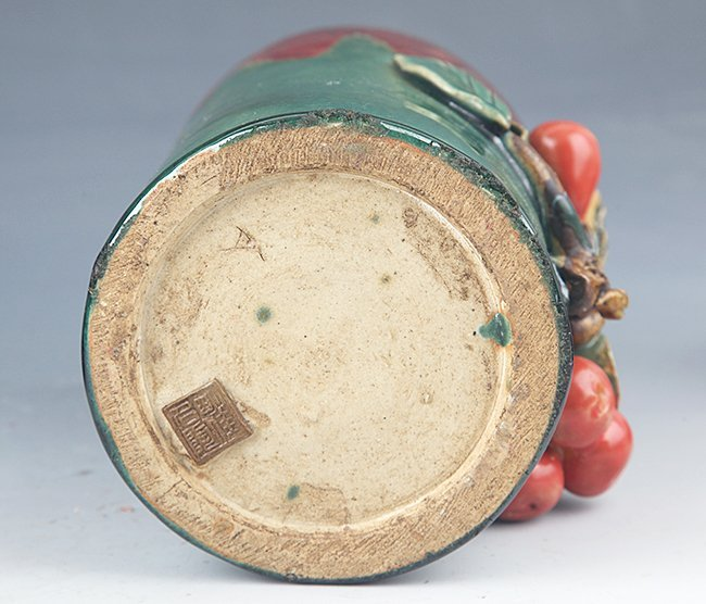 A FINE BIRD SHAPED GREEN COLOR PORCELAIN BRUSH POT - 7