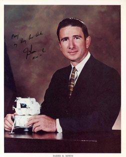 873: Apollo 15 James Irwin Autograph