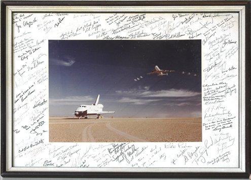 589: Assorted Shuttle Astronaut Autographs
