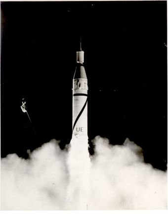 0023A: ABMA 1/31/58 Photo !st US Satellite Launch Jupit