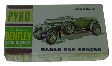 2517: Pyro 1960s Le Mans Bentley 1930 Blower 1:32 Plast