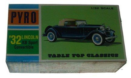 2519: Pyro 1965 1932 Lincoln KB Sports Convertible 1:32