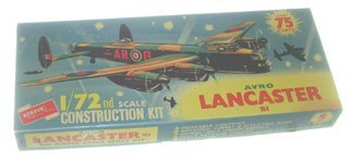 2021: Airfix Avro Lancaster B1 1:72 Plastic Model Kit M