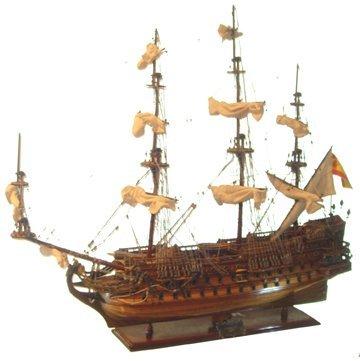 10706: Lg Wooden Model San Felipe (1690)