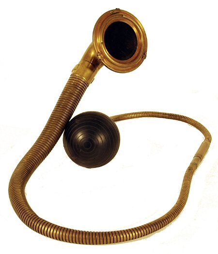 "10: Vintage Brass ""Boa"" Car Horn 6' long bras"