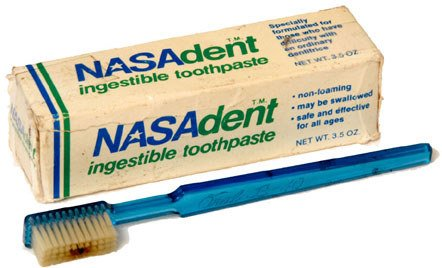 728: Skylab NASAdent Toothpaste and Toothbrush lot incl