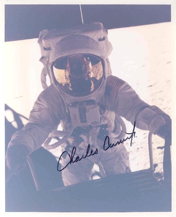 100421: Apollo 12 Astronaut Charles Conrad Autograph