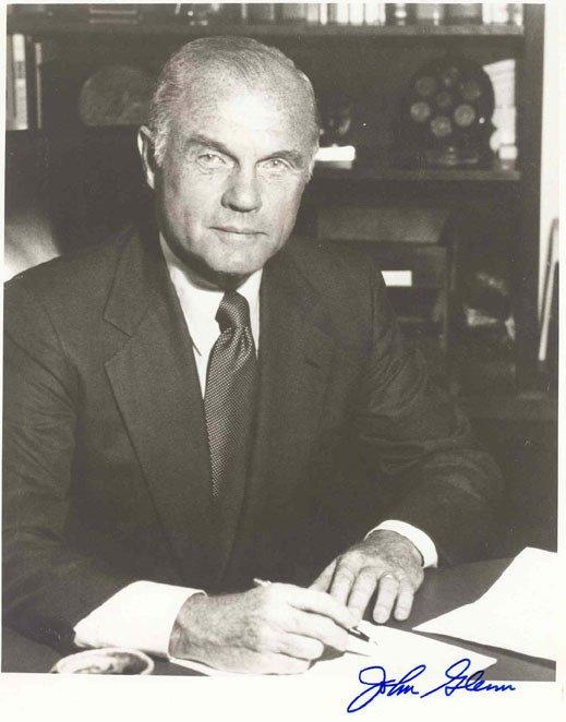 90064: 64:Senator Astronaut John Glenn Autopen Autograp