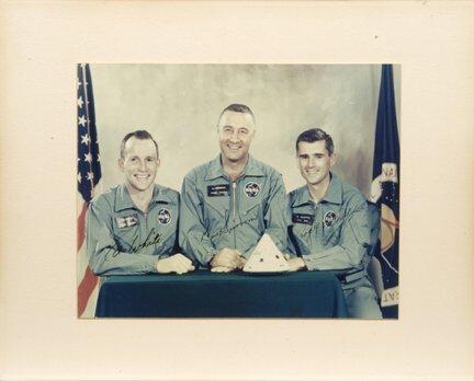 394: Grissom, White & Chaffee Autograph