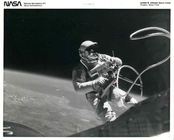 10138:11 NASA Gemini Program Photographs & Tran