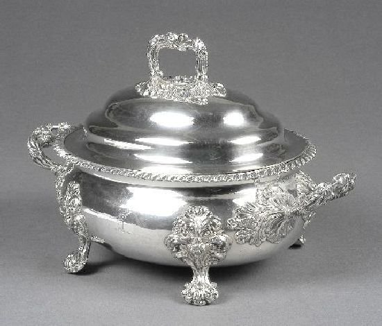 3003: A large Sheffield plate tureen and domed cover, w