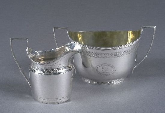 3010: A George III silver two-handled sugar bowl, by Jo