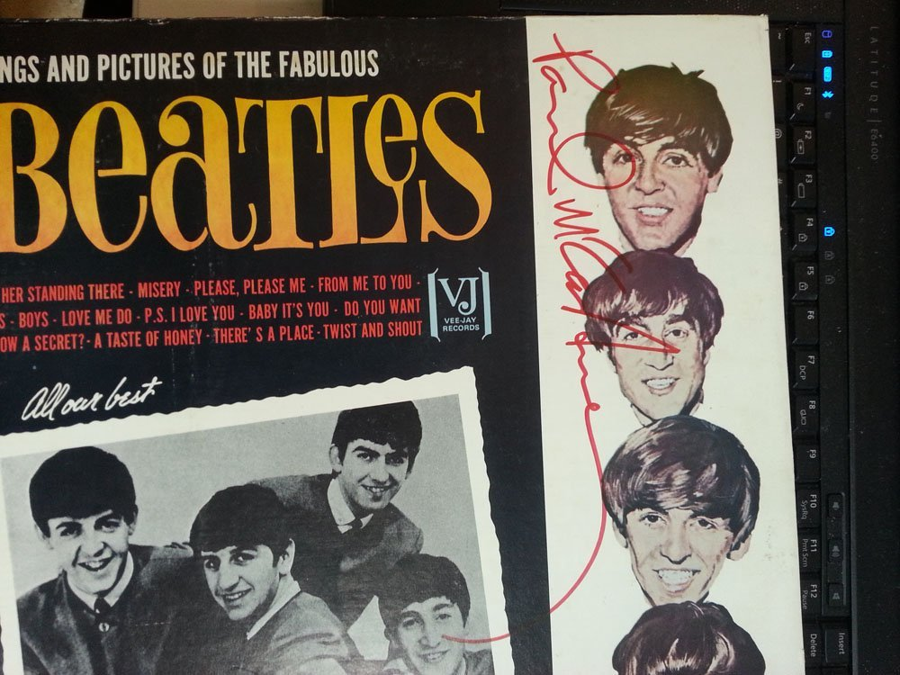 PAUL MCCARTNEY SIGNED BEATLES LP-VEE JAY! W/LOA!